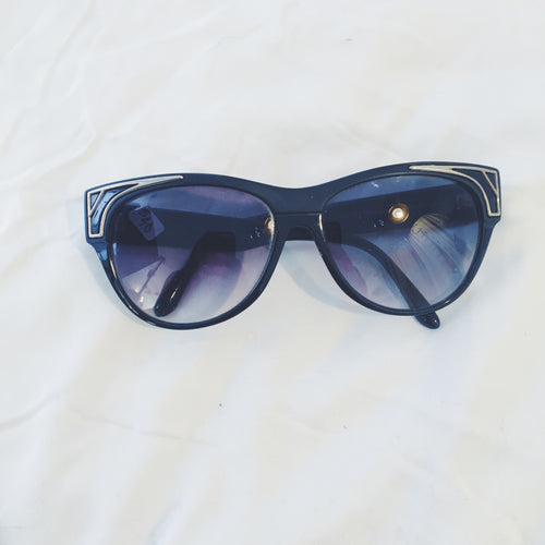Vintage Sunglasses - Black/Gold