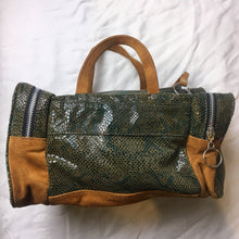 Load image into Gallery viewer, Bianca White Purse Faux Snakeskin