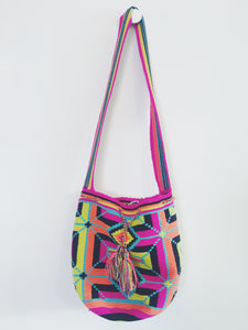 Wuitusu Mochila Bag With Traditional Strap
