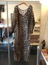 Load image into Gallery viewer, Leopard Caftan