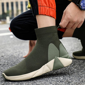 Woman's Mesh Soft Sole Sneakers