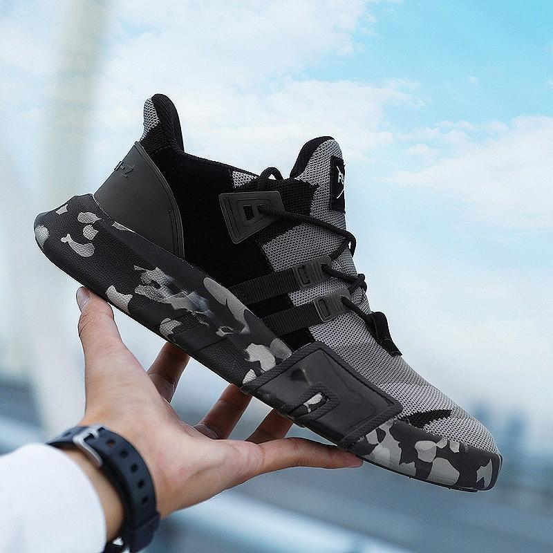 Men Lightweight Comfortable Sneakers