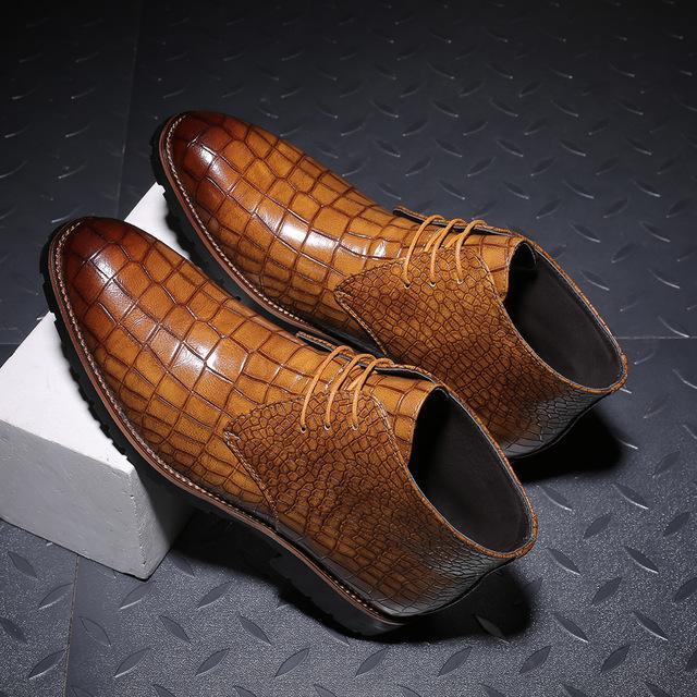 Handmade Crocodile Pattern Leather Winter Boots