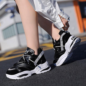 Cushioning Height Platform Breathable Men's Sports Shoes