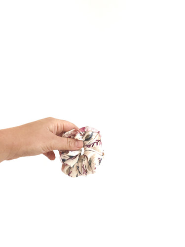 Scrunchie - Mulberry Floral