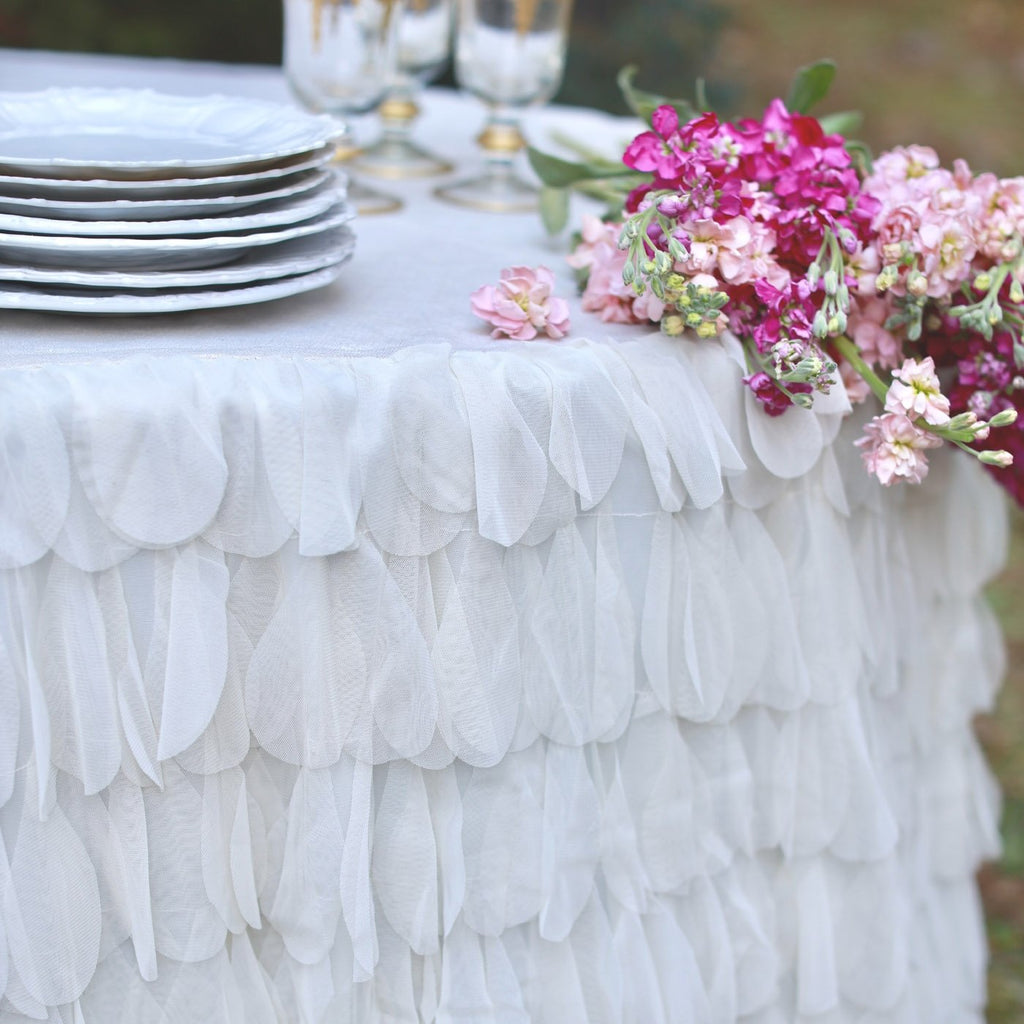 Chichi Petal Ivory Shimmer Tablecloth