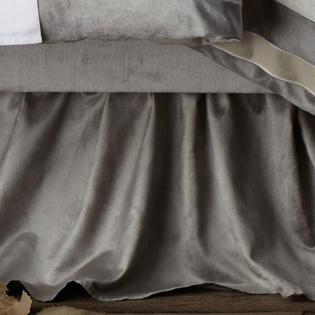 Lili Alessandra Chloe Gathered 3-Panel Bed Skirt