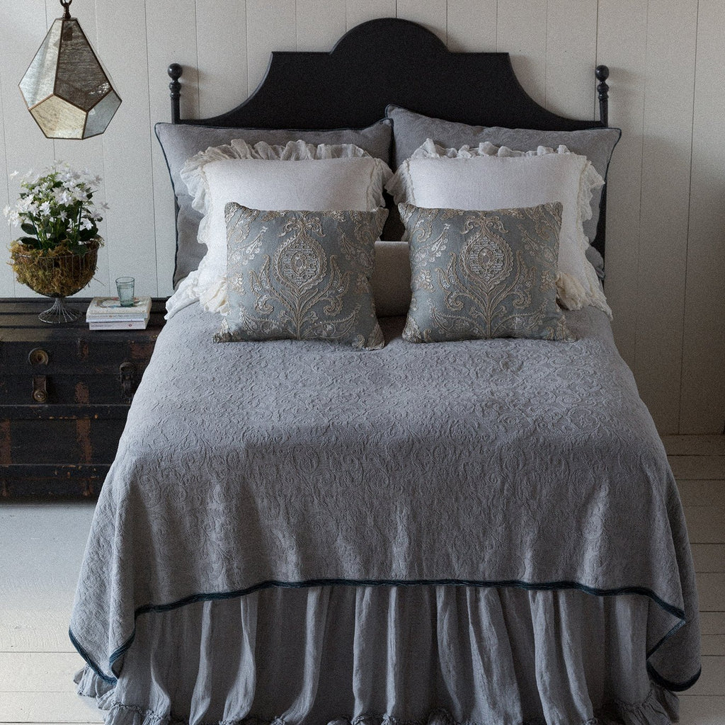 Bella Notte Adele Coverlet with Silk Velvet Edge