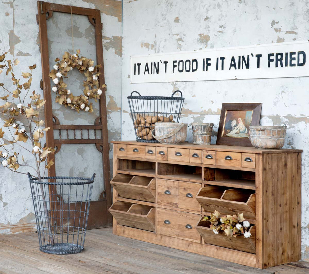 Rustic Farmhouse Counter