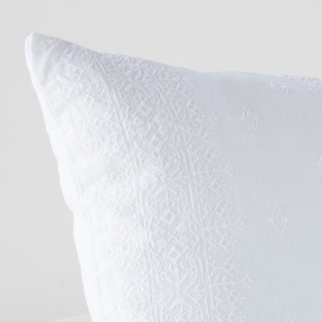 Bella Notte Ines Lumbar Pillow