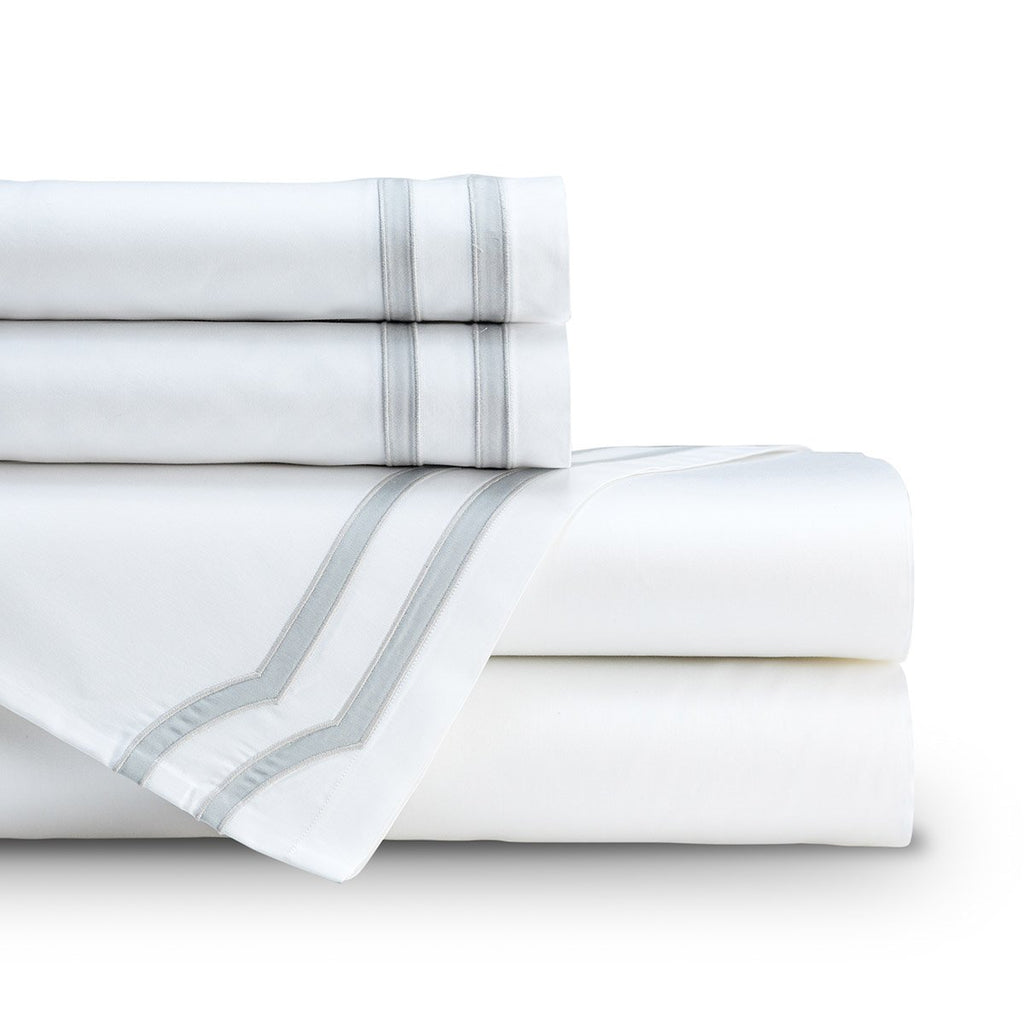 Lili Alessandra Soho White Sheet Set