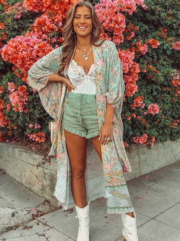 products/Spell-Oasis-Kimono-IMG_9976_1230x1230_conew1.jpg
