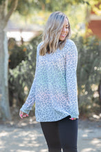 Load image into Gallery viewer, Oakley Ombre Long Sleeve Top