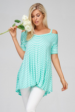 Load image into Gallery viewer, Minty Fresh Loose Fit Top