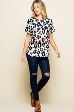 Load image into Gallery viewer, Tickle Me Pink Ruffle Sleeve Top