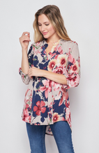 Load image into Gallery viewer, Blossoming Soul 3/4 Sleeve Top