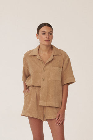 BOXY SHIRT - TAN