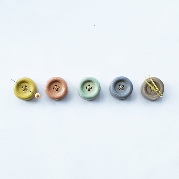 Cohana Magnetic Button made of Shigaraki Ware