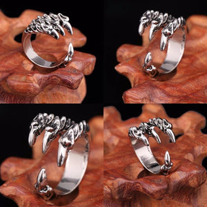 Gripping Claw Ring