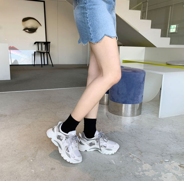 Smile Circle Lace-up Women Sneaker
