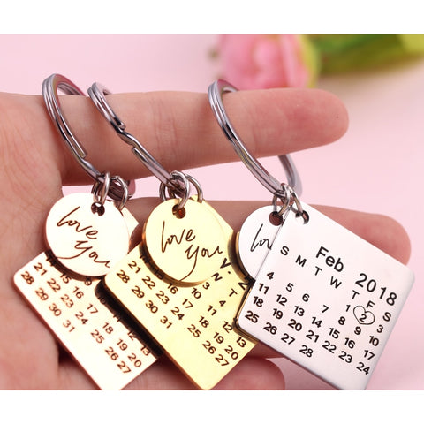 Personalized Signature Calendar Key Chain Date Highlighted With Heart - lessmoney.com