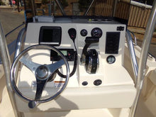 Load image into Gallery viewer, 2014 Defiance Commander 220 NT Center Console Saltwater Fishing Boat