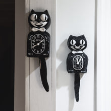 Load image into Gallery viewer, Felt Cat Clock