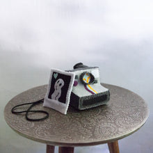 Load image into Gallery viewer, Felt Polaroid Camera + Photo