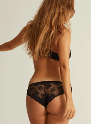 LOW-RISE UNDIES VENUS LACE- BLACK