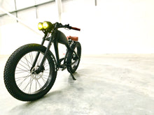 Load image into Gallery viewer, AVAILABLE NOW: Cooler King 750t eBike - 48v, Retro Style Electric Bike