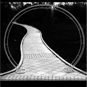 CEREMONY ARCH - CIRCULAR - WHITE 2M HIGH X 2.5M WIDE