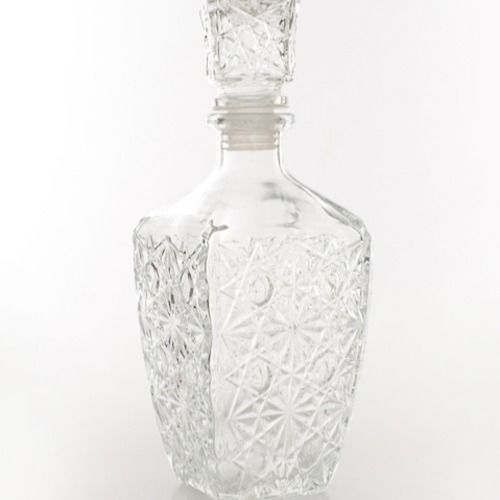 GLASS VASE - WHISKY DECANTER 20CM X 10CM