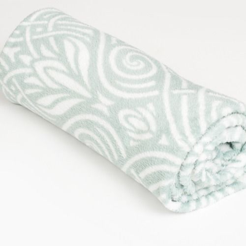 THROW - FLEECE - MINT PATTERN 1.2M X 1.6M