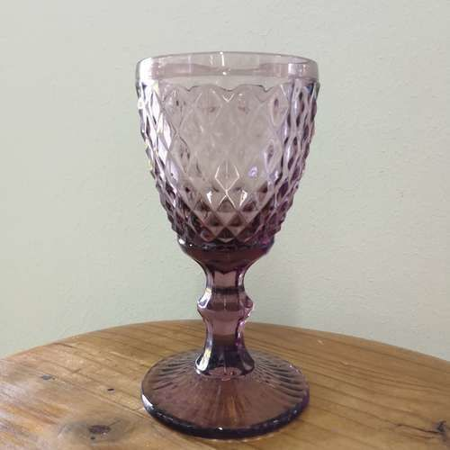 GLASSWARE - TEXTURED - WINE GLASS - PLUM