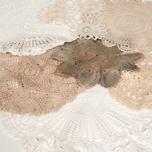 FABRIC - DOILIES ASSORTED SIZE & COLOUR