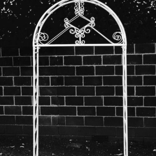 CEREMONY ARCH - ROUNDED TOP - WHITE  2.5M TALL 1.5M WIDE 80CM DEEP