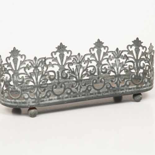 VOTIVE HOLDER - LACE DESIGN - METAL  20CM X 7CM X 6CM
