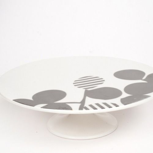 CAKE STAND - CERAMIC, WHITE AND SILVER 29CM X 9CM