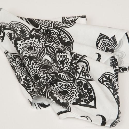 NAPKIN - BLACK AND WHITE PAISLEY