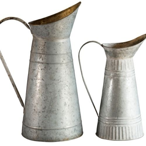 MILK JUGS METAL MEDIUM 34CM
