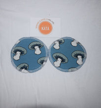 Load image into Gallery viewer, Organic nursing pad, organic breast pads, reusable nursing pads