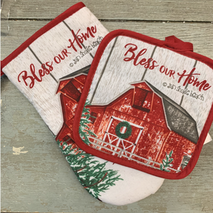 Red Barn Pot Holders 2 pc
