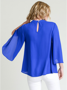 Chiffon Top w/ V-neckline & Three Quarter Open Sleeves by Jodifl