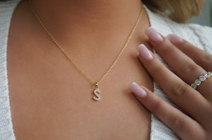 'CLASSIC INITIAL' necklace