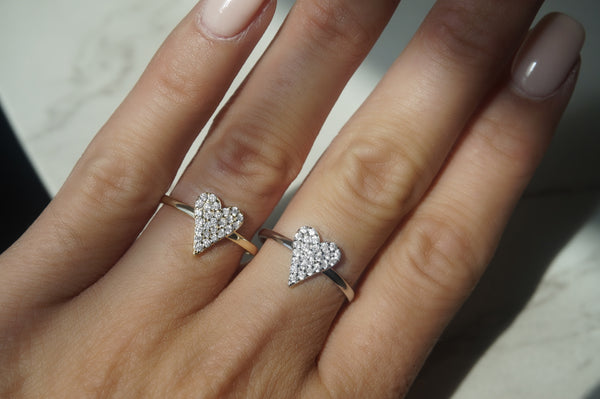 'PAVÉ HEART RING'