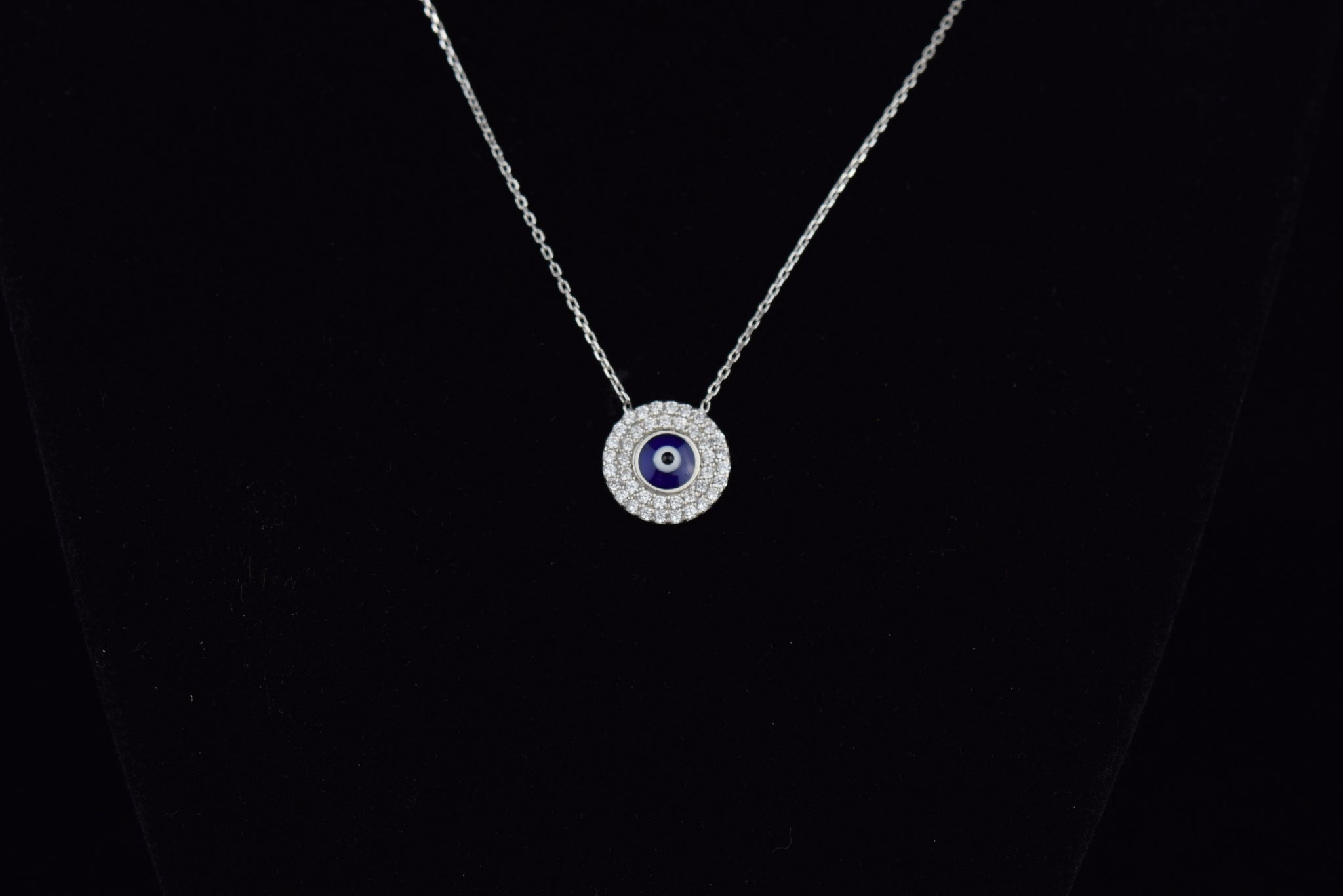 'GLAM EYE' NECKLACE - SHOP PAIGE