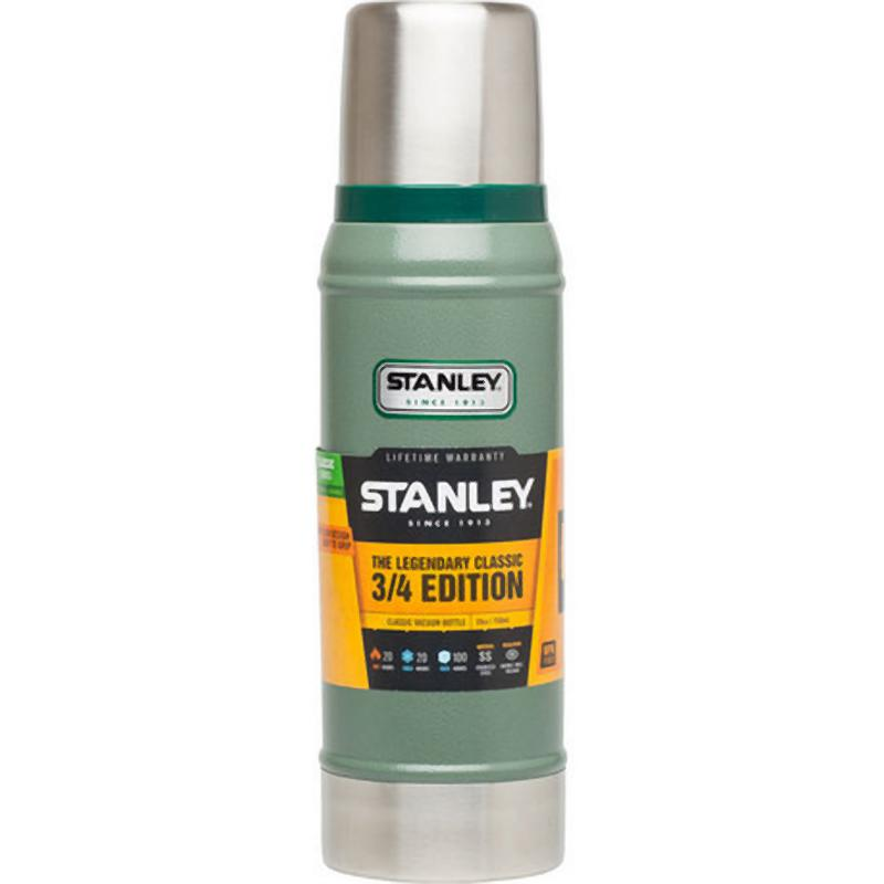 Stanley Classic Vacuum Bottle 750ml: Green-Hydration-One Size-Likeys