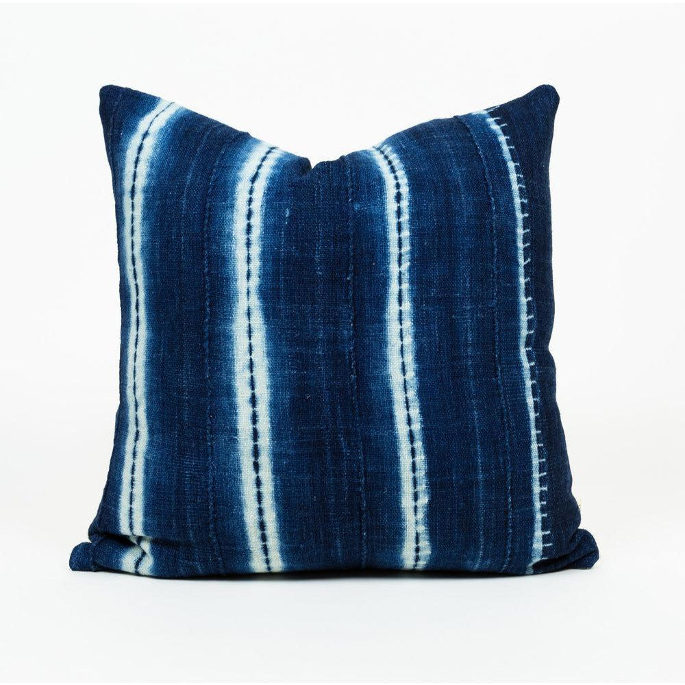 BEND PILLOW