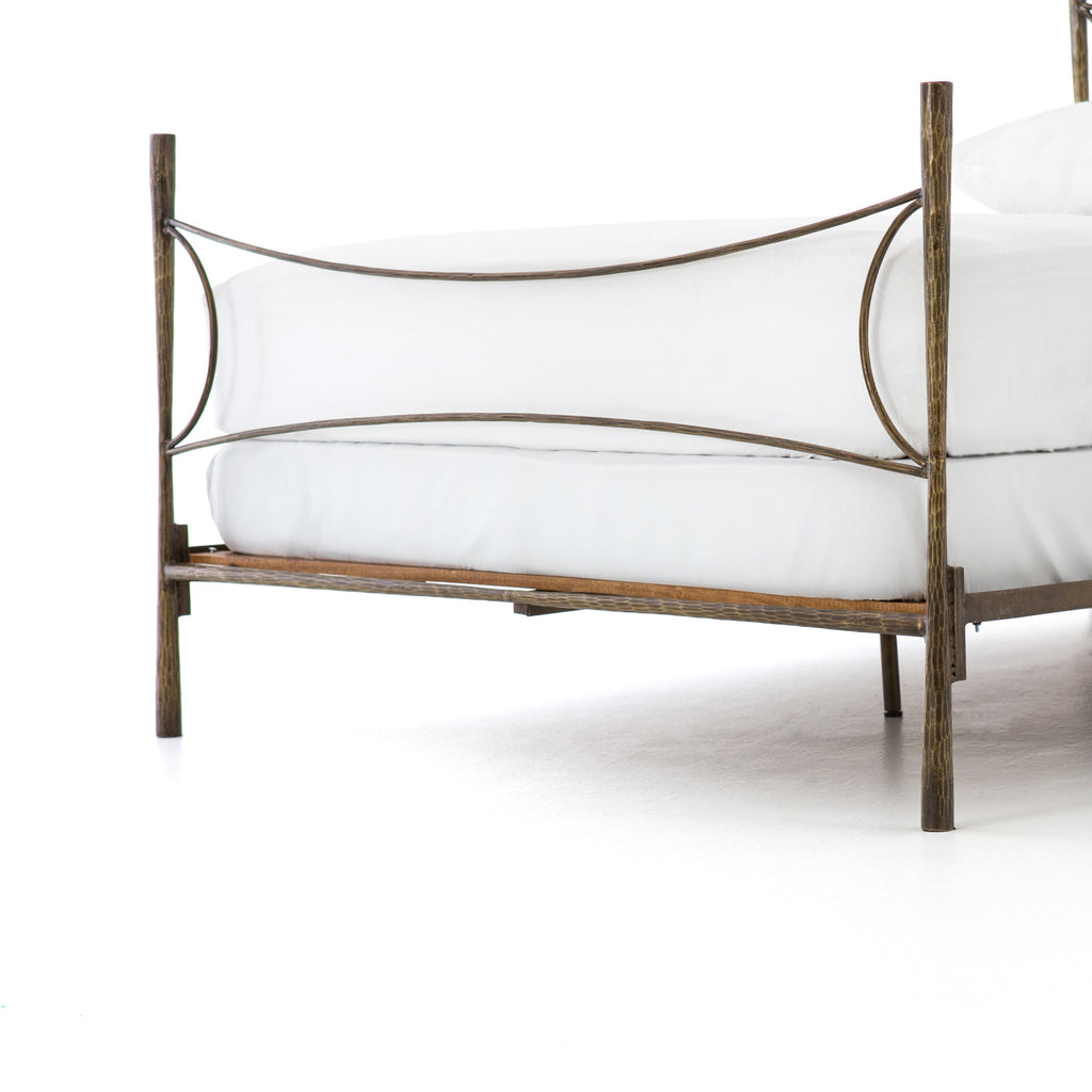 WESTWOOD ANTIQUE BRASS BED