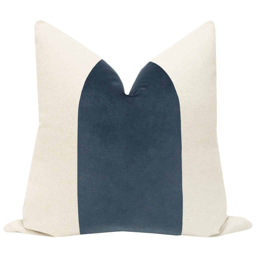 PANEL SIGNATURE VELVET PRUSSIAN PILLOW